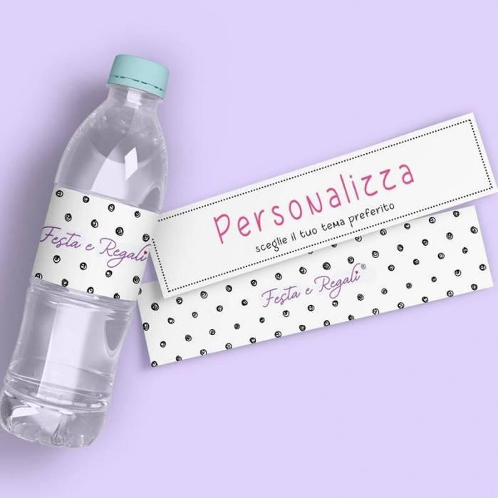 Etichette personalizzate per bottiglie piccole.