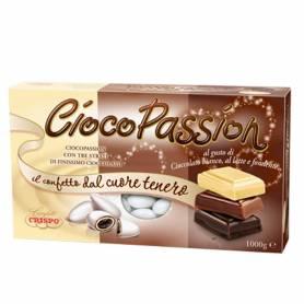 Confetti al gusto di cioccolato bianco, al latte e fondente